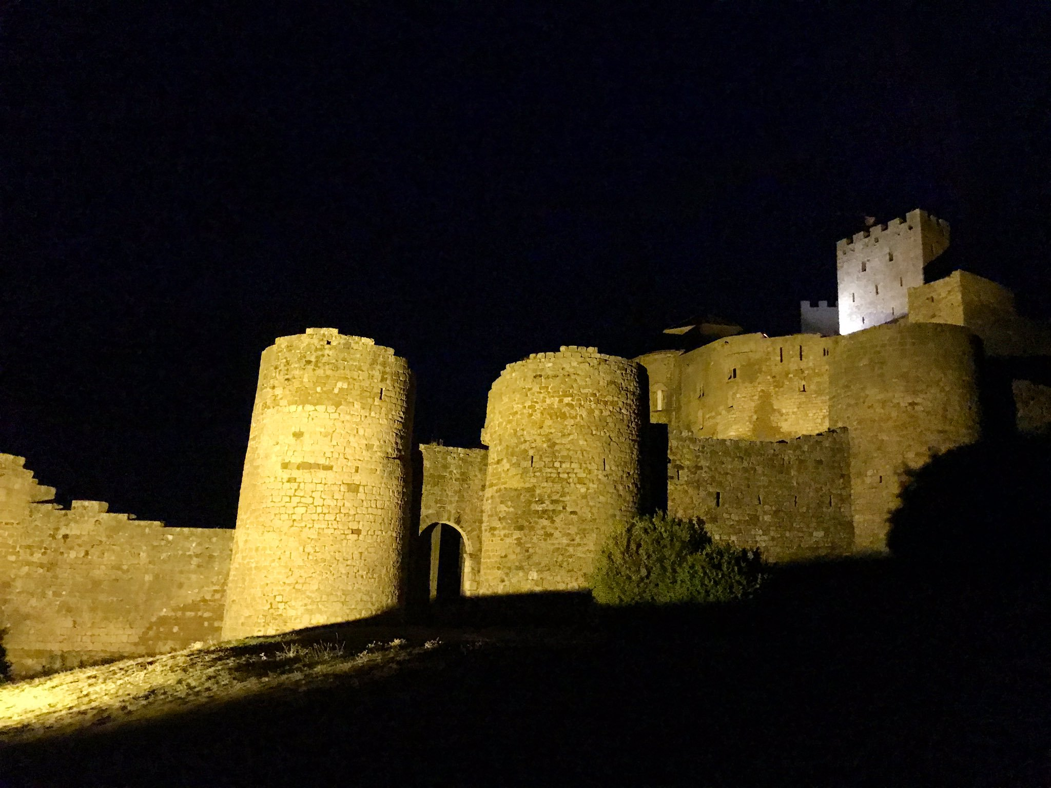 castillo loarre piscofonias