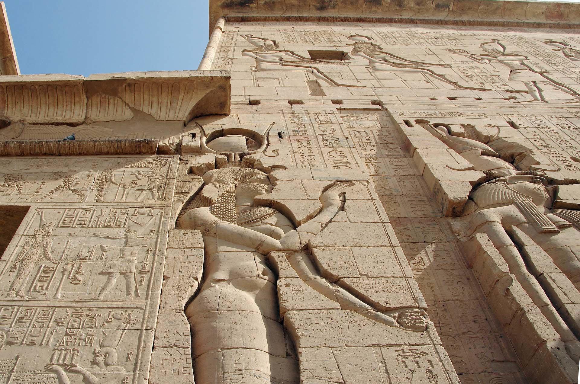 isis diosa egipcia